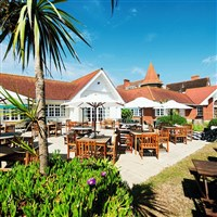 Bembridge Coastal Hotel, Warners