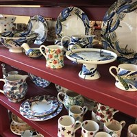 Potteries & Tour the Emma Bridgewater Factory!