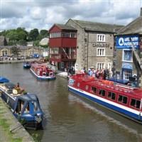 Skipton & Canal Cruise